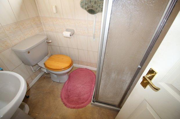 Shower Room / W...