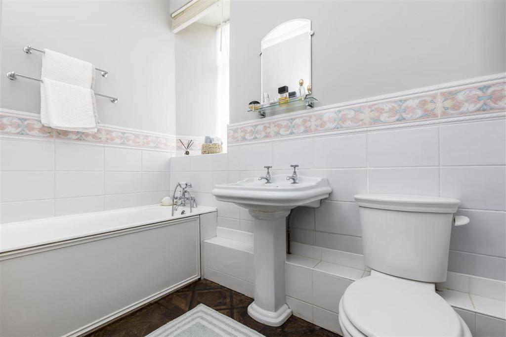Bathroom (Shower