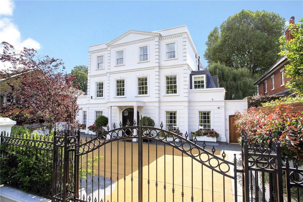 7 bedroom detached house for sale in queens ride london for Mansion houses for sale in london