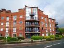 1 bed Ground Flat in Princes Reach...