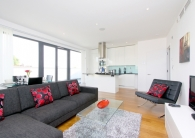 Tavistock Cresent Flat to rent