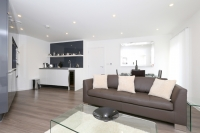 2 bedroom Flat for sale in Thackeray House...