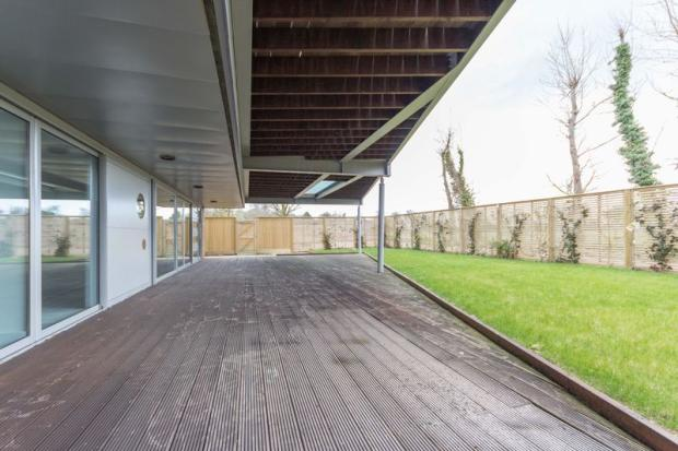 9 decking area