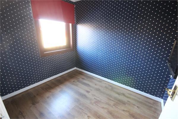 Bedroom 2/3