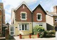 3 bedroom semi detached property in Groombridge...