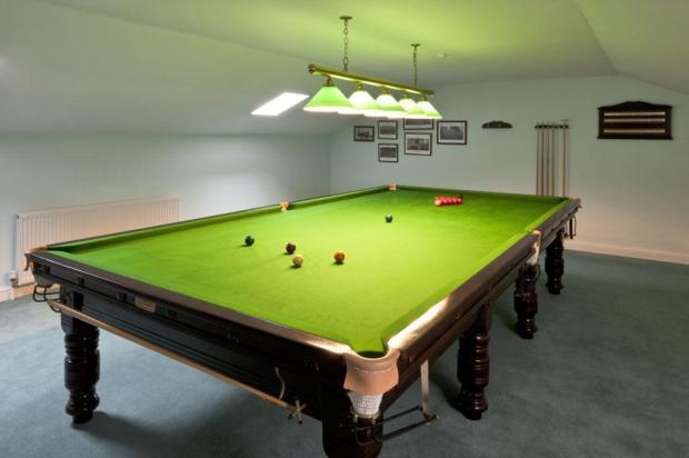 Play/Snooker Room