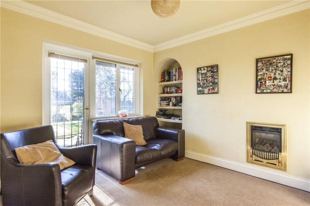 Tv/Sitting Room