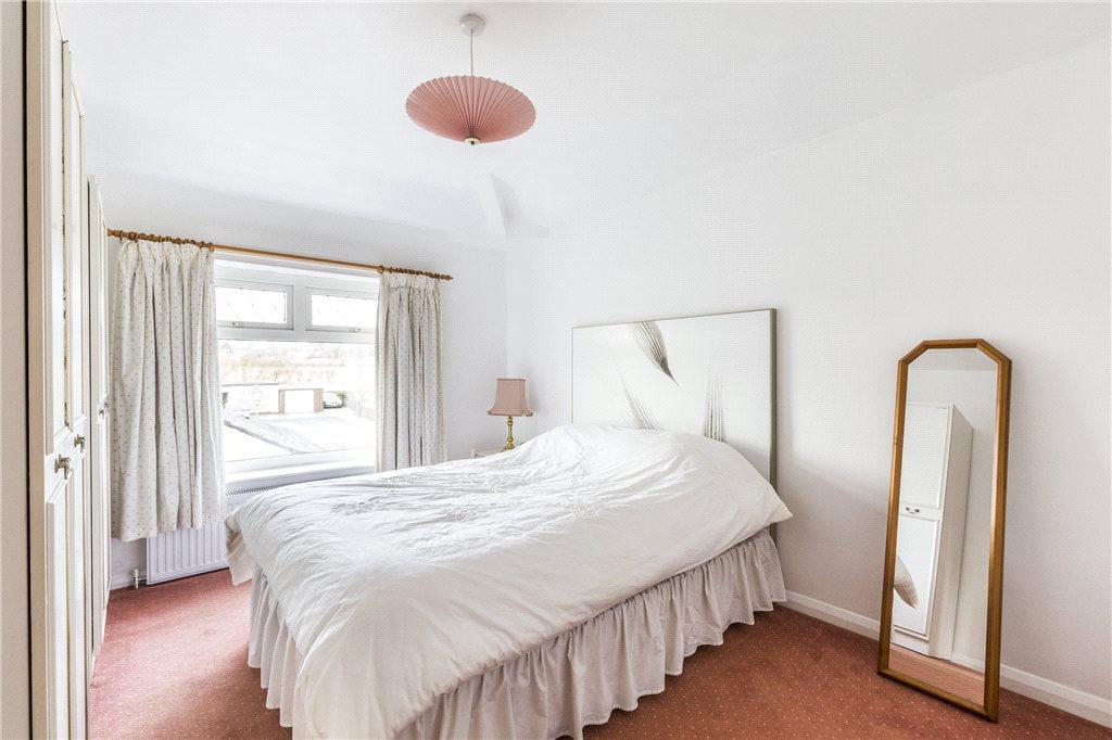 Bedroom 1-Flat
