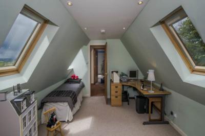 second floor bed 2
