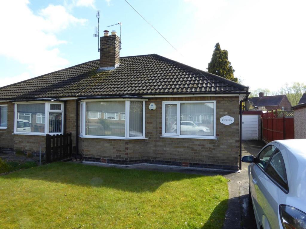 2 Bedroom Semi Detached Bungalow For Sale In Danebury