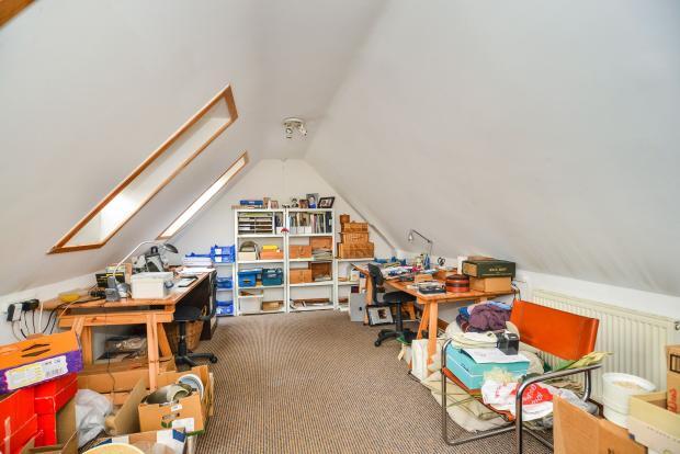 Bedroom 4/ Gamesroom