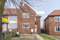 3 bed End of Terrace home in Peel Crescent, Mansfield...