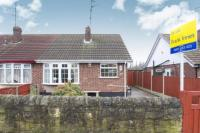 2 bed Bungalow in Park Hall Road...