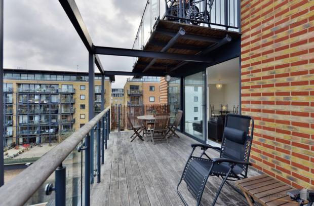 Balcony side