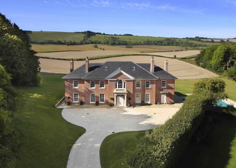 7 bedroom detached house for sale in moongrove east woodhay hampshire newbury berkshire rg20 Home architecture newbury