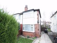3 bed semi detached house to rent in Amberton Road, Oakwood...