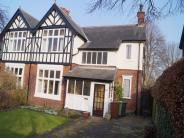 5 bed semi detached property in The Avenue, Roundhay...