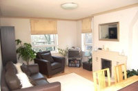 Apartment to rent in High Path, Wimbledon...
