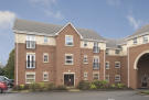 Apartment to rent in 14 Newlands Close...