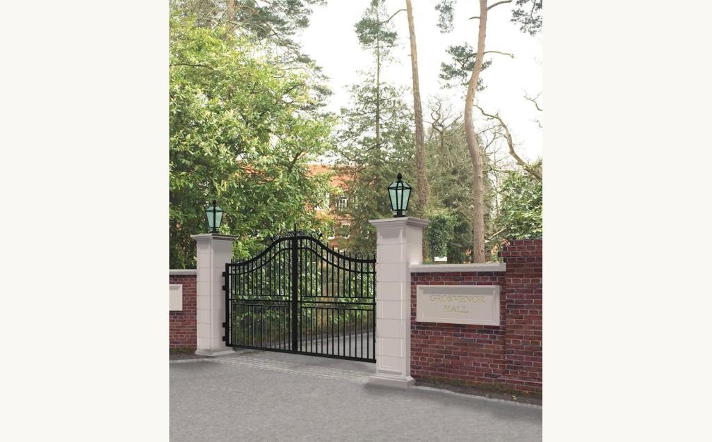 Entrance Gates (Cgi)