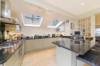 5 bed Terraced property in Finlay Street...