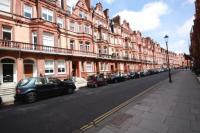 Flat in Draycott Place, London