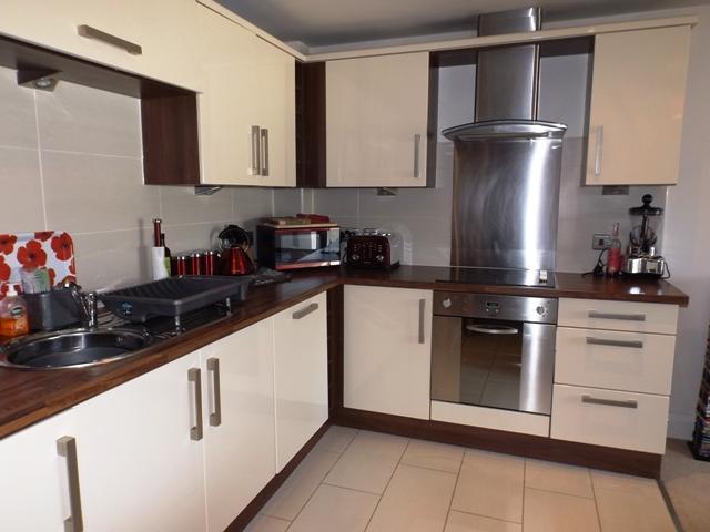 2 Bedroom Apartment To Rent In Bradbury Hall Bradbury Place Chatsworth Road Chesterfield S40