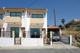 Town House for sale in Limassol, Pissouri