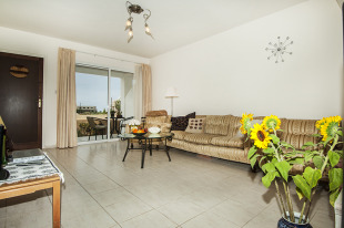 2 bed Town House in Paphos, Chlorakas