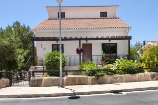 3 bedroom Villa in Limassol, Pissouri