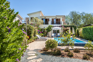 3 bedroom Villa in Paphos, Aphrodite Hills
