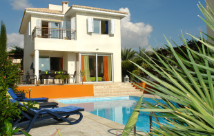 Villa for sale in Paphos, Coral Bay