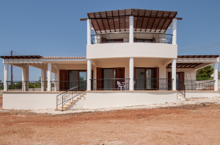 Villa for sale in Paphos, Sea Caves