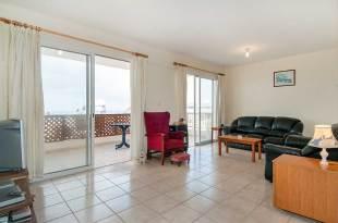 Apartment in Paphos, Kissonerga