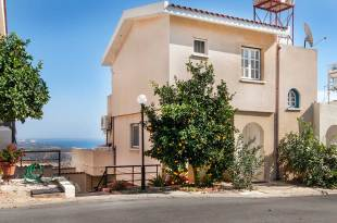 Semi-detached Villa for sale in Limassol, Pissouri