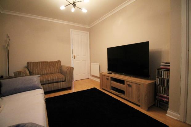 Lounge image 2