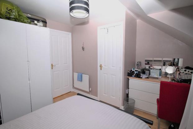 Bedroom 1 image 1