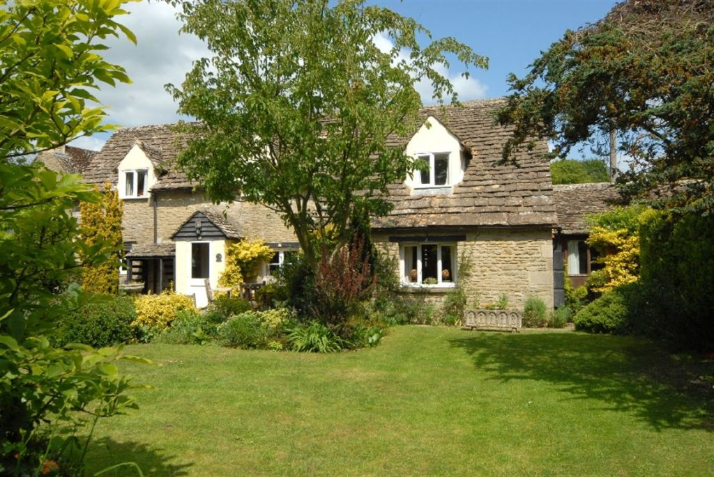 4 Bedroom Cottage For Sale In Heather Cottage Ampney St