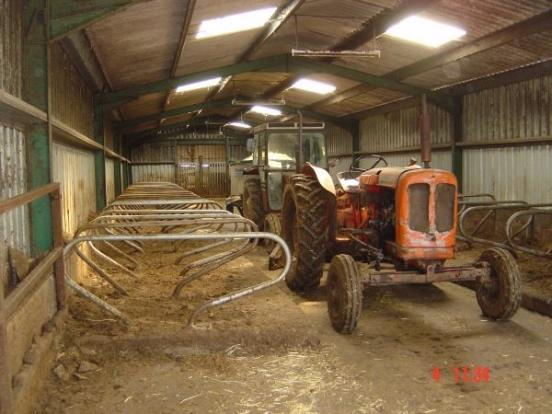 Cubicle shed