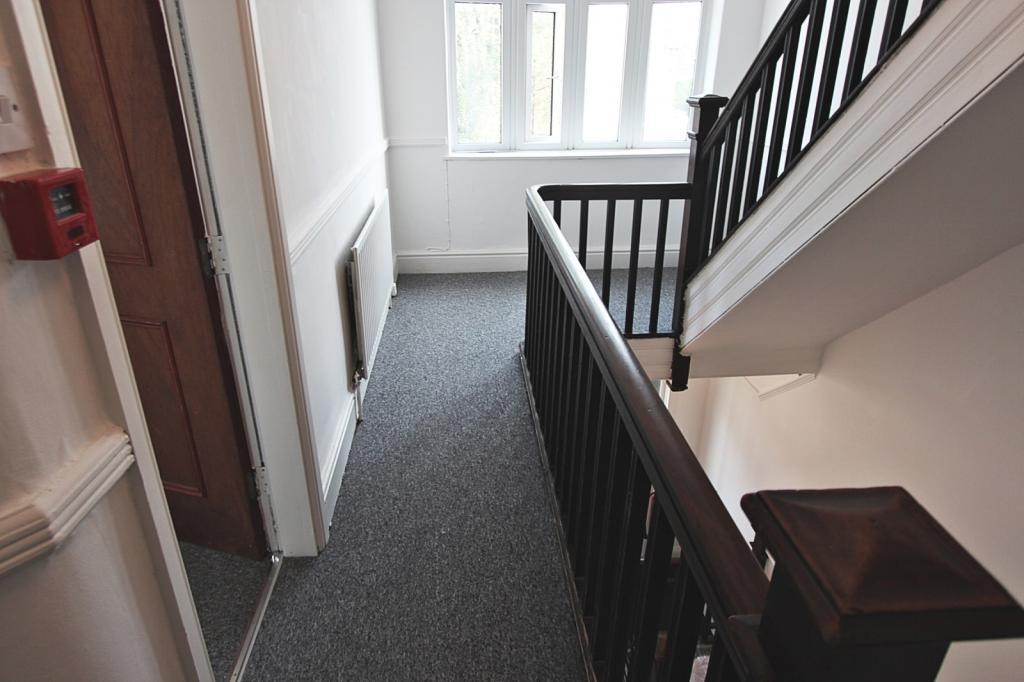 Landing/stairway