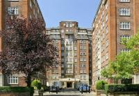 2 bed Flat to rent in Grove Hall Court ...