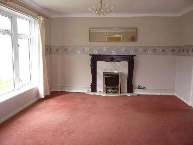 2 Bedroom Ground Floor Flat For Sale In 17 Glanffornwg