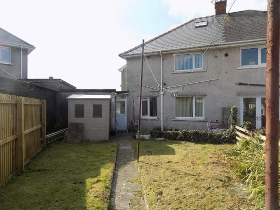 3 Bedroom Semi Detached House For Sale In The Retreat Sarn Bridgend Cf32 9uf Cf32