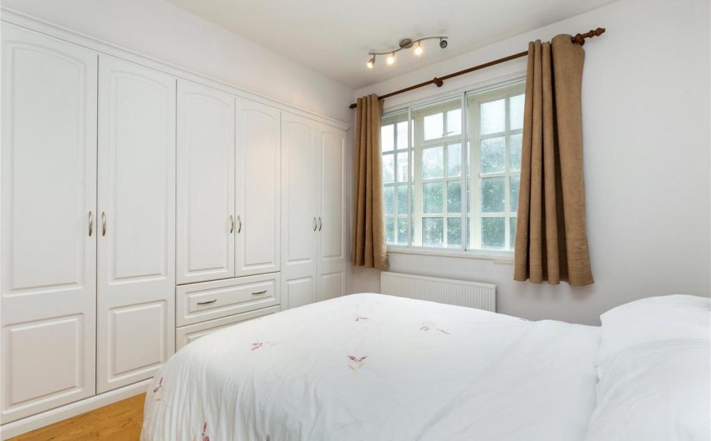 2nd Bedroom 2