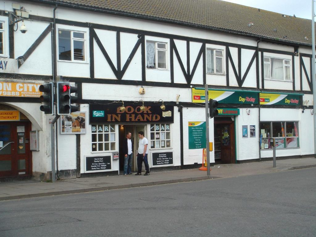 4 Bedroom Pub For Sale In Book In Hand High Street