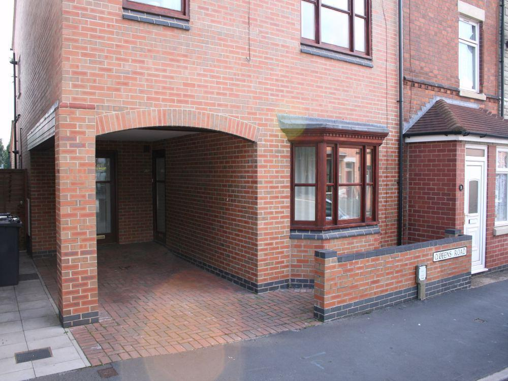 2 bedroom apartment to rent in queens road hinckley for Two bedroom apartments in queens