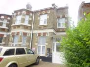 3 bed Flat to rent in The Vale, Acton, London