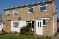 3 bedroom semi detached house in Burgess Hill