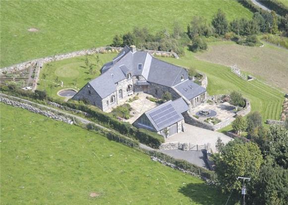 5 Bedroom Detached House For Sale In Llanegryn Tywyn