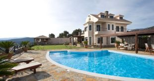 7 bed Villa for sale in Crete, Lasithi...